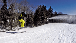 skiing at snowshoe